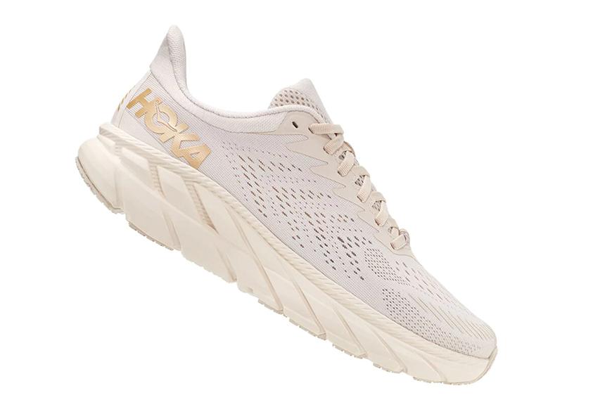 Hoka One Women's Clifton 7, running shoe width